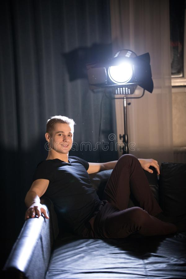 E pose Éclairage lumineux photo stock