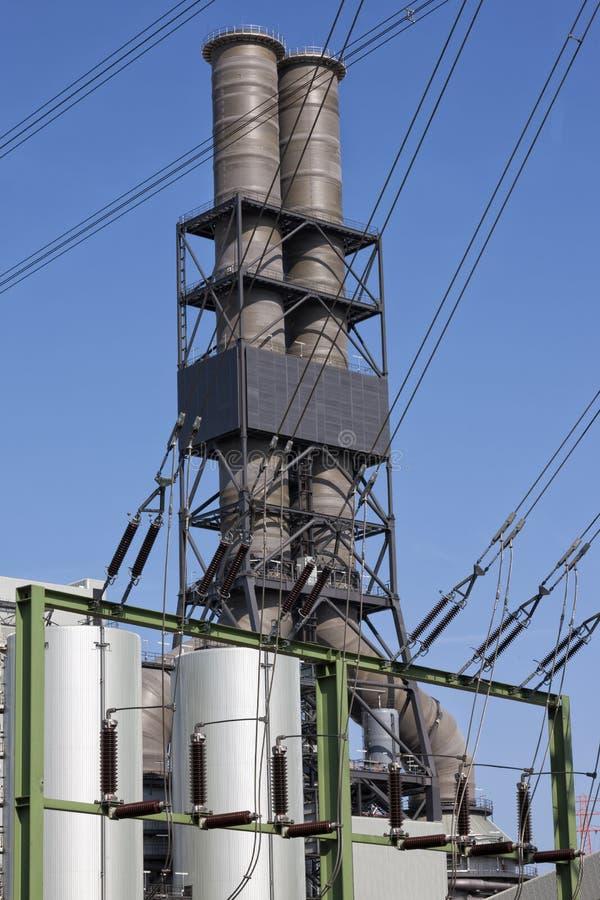 Электростанция, распределение электроэнергии для различных сетей передачи стоковые изображения rf