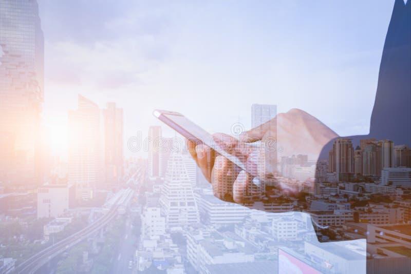 商业和技术、物联网概念 信通技术信息通信技术 双重曝光 向量例证