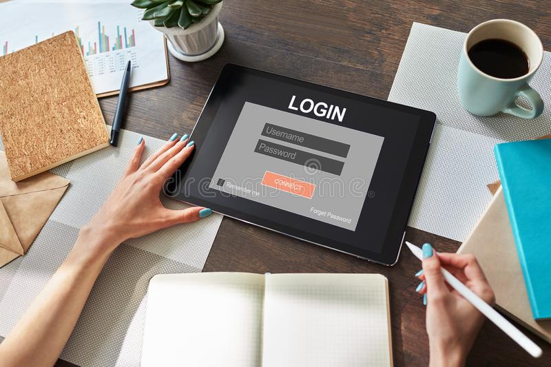 访问窗口 输入登录和密码 网络保护 信息隐私 互联网和技术概念 免版税库存照片