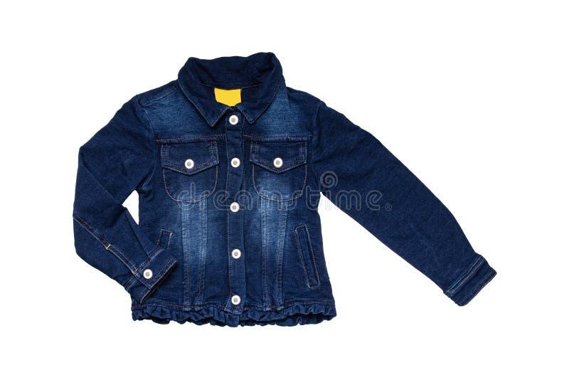 Детская джинсовая куртка изолирована Стильный модный темно-синий пиджак с синей светлой подкладкой для маленькой девочки Дети стоковое изображение