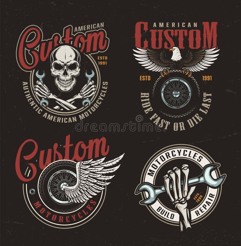Etiketter för beställnings- motorcykel för tappning färgrika vektor illustrationer