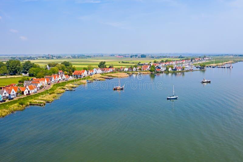 Антенна от традиционной деревни Durgerdam на IJsselmeer в Нидерланд стоковое изображение