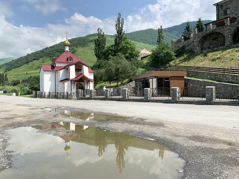 Fiagdon,俄罗斯,北奥塞梯共和国 Khidikus 在阿伦dormition男性修道院附近的没药轴承Mironositskaya教会 免版税图库摄影