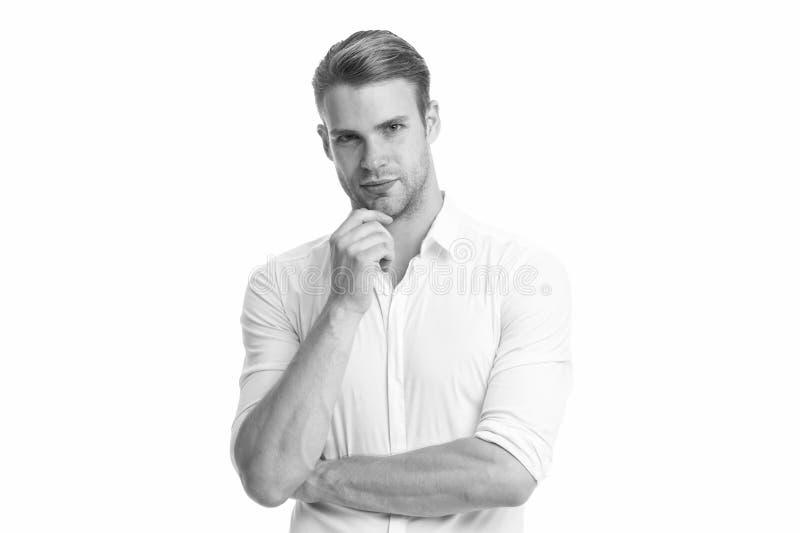 Τι θα γινόταν αν Άντρας με φλογερό πρόσωπο σκεπτόμενος λευκό φόντο Ο τύπος με προσεκτικά μελαγχολικά αγγίγματα αγγίζει το πηγούνι στοκ εικόνα με δικαίωμα ελεύθερης χρήσης