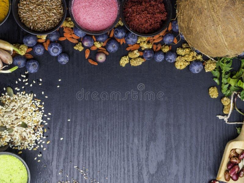 Ingredientes para una salud saludable El concepto de comida orgánica natural en temporada Vista superior fotografía de archivo