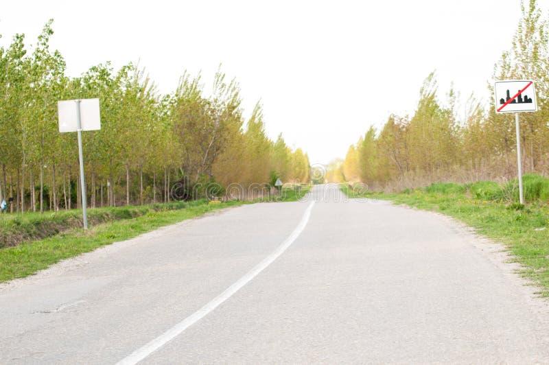 E Route en nature ext?rieur photo libre de droits