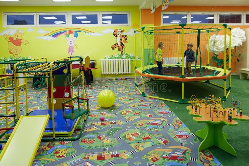 E Sala de jogos do ` s das crianças fotos de stock royalty free