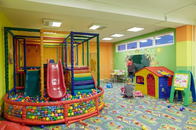 E Sala de jogos do ` s das crianças imagem de stock royalty free