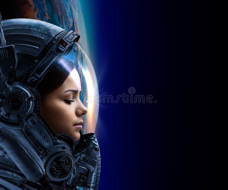 ?e?ski astronauta w przestrzeni na planety orbicie obrazy stock