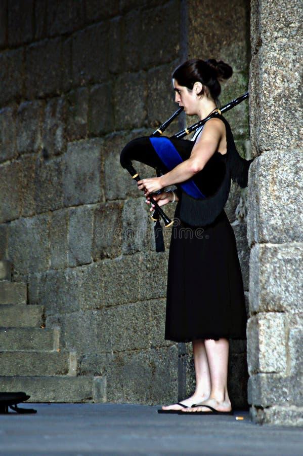 Download Żeński dudziarz fotografia editorial. Obraz złożonej z muzyka - 57658542