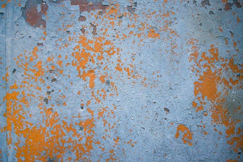 E Surface métallique criquée floconneuse rouillée r photos libres de droits