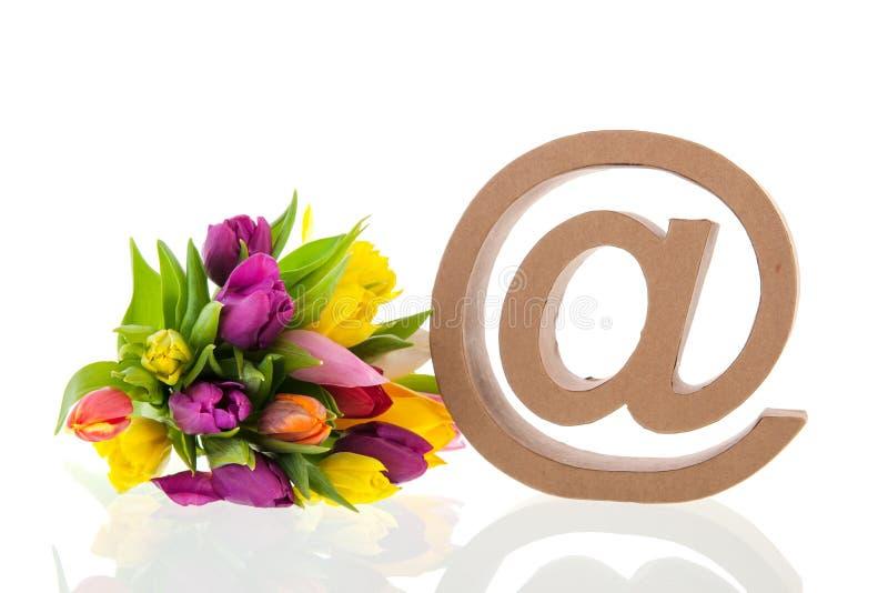E-teken voor e-mail stock afbeeldingen