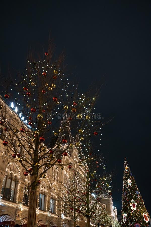Nowy rok i boże narodzenia uczciwi na placu czerwonym w Moskwa wystr?j ?wi?tecznie Bożenarodzeniowa dekoracja i olśniewający G U  fotografia stock