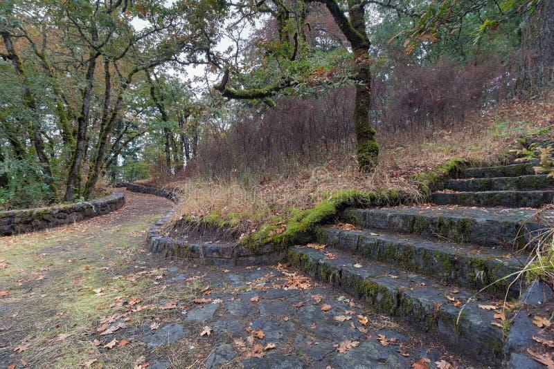 Eagle Creek Overlook Hiking Trail en Orégon photo libre de droits