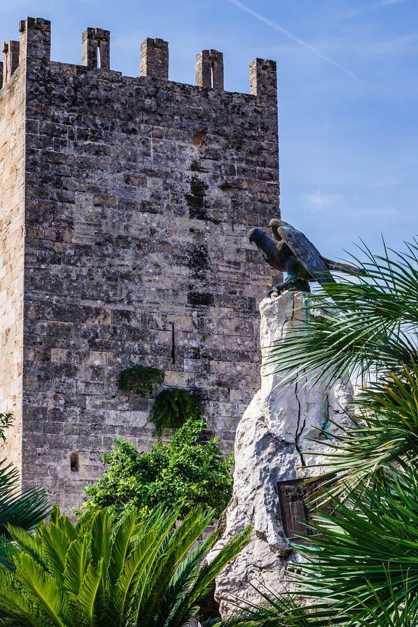 Eagle rzeźba na skale fotografia royalty free