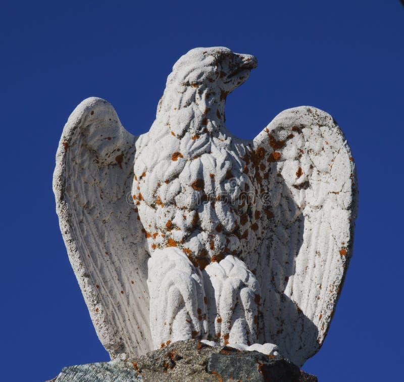 Eagle statua przy San Marco przepustką, Lombardy, Włochy obrazy stock