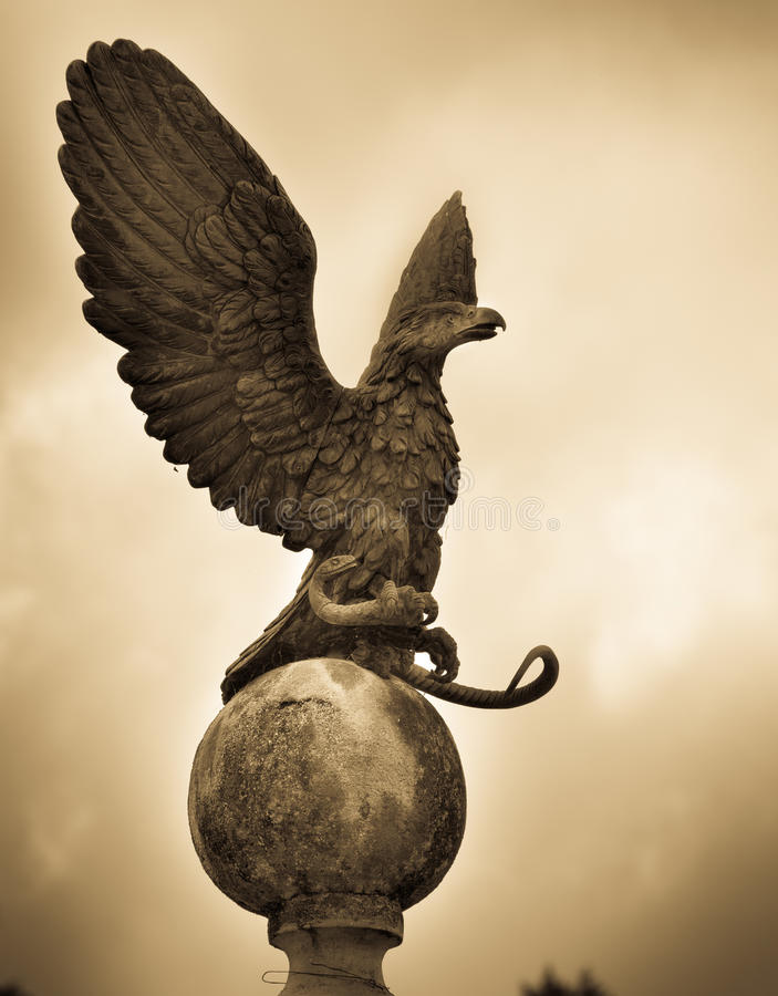 Download Eagle statue Gold stock image. Image of english, summer - 91011099