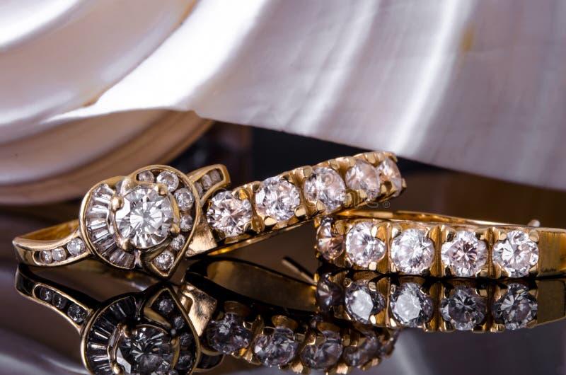 Earings y anillo del diamante foto de archivo libre de regalías