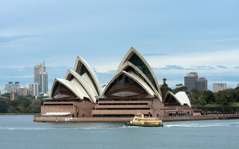 Download Early Morning Ferry Past Sydney Opera House Editorial Image - Image: 7548475