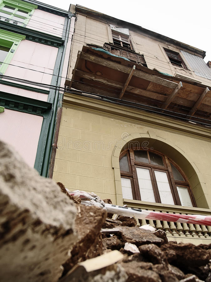Download Earthquake Of Chile February 2010 In Valparaiso 21 Editorial Photo - Image: 17726376