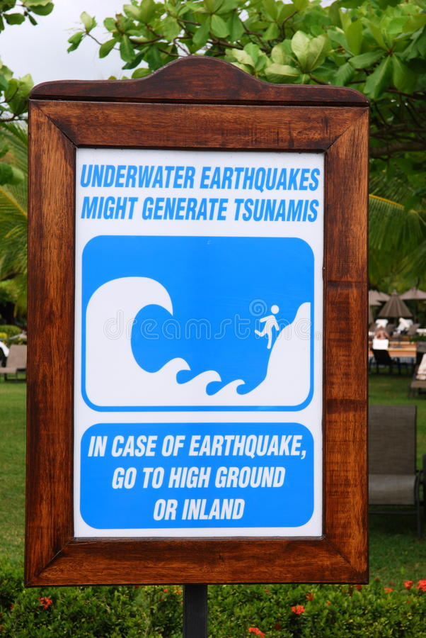 Free Earthquakes And Tsunami Warning Sign Royalty Free Stock Photo - 18381135