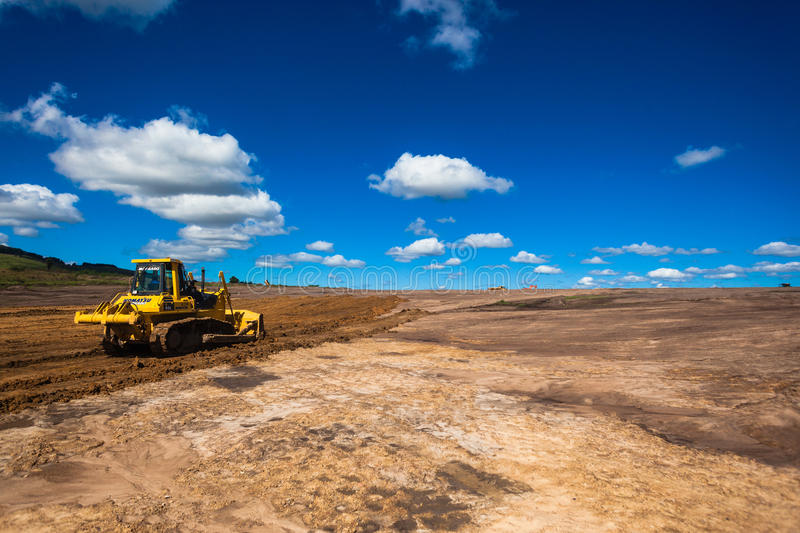 Download Earthworks Industrial Construction Editorial Photo - Image: 26537626