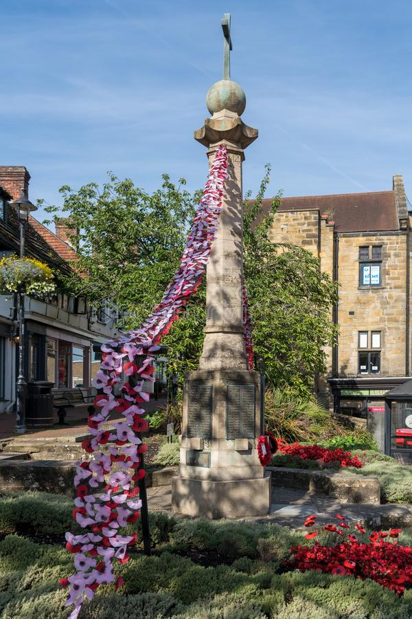 EAST GRINSTEAD, WEST SUSSEX/UK - AUGUST 18 : View of the War Memorial in East Grinstead on August 18, 2018 royalty free stock images