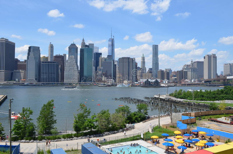 East River New York City Editorial Stock Photo Image Of Summer 32075648