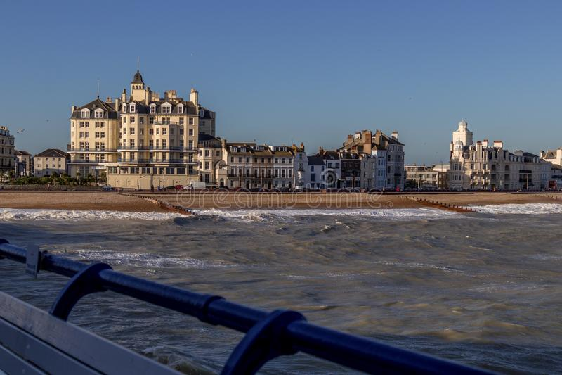 EASTBOURNE, SUSSEX/UK ORIENTALE - 7 GENNAIO: Vista del Queens Hote fotografie stock