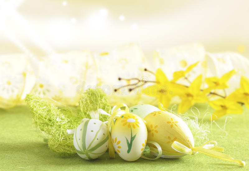 Easter. Eggs sitting on gras royalty free stock photos