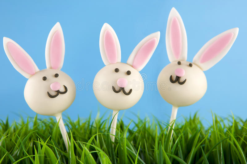 Easter bunny cake pops stock images