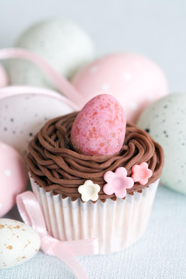 Free Easter Cupcake Royalty Free Stock Photos - 13331468