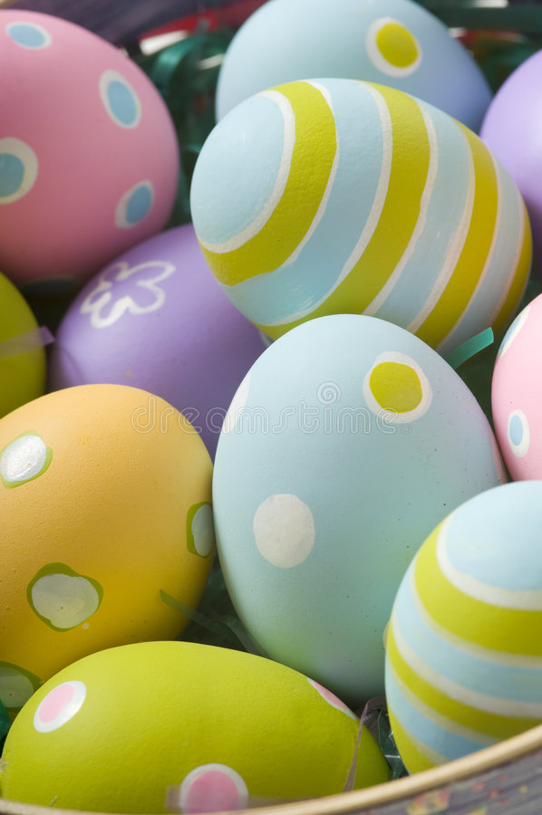 Free Easter Eggs In Basket Stock Image - 4509891