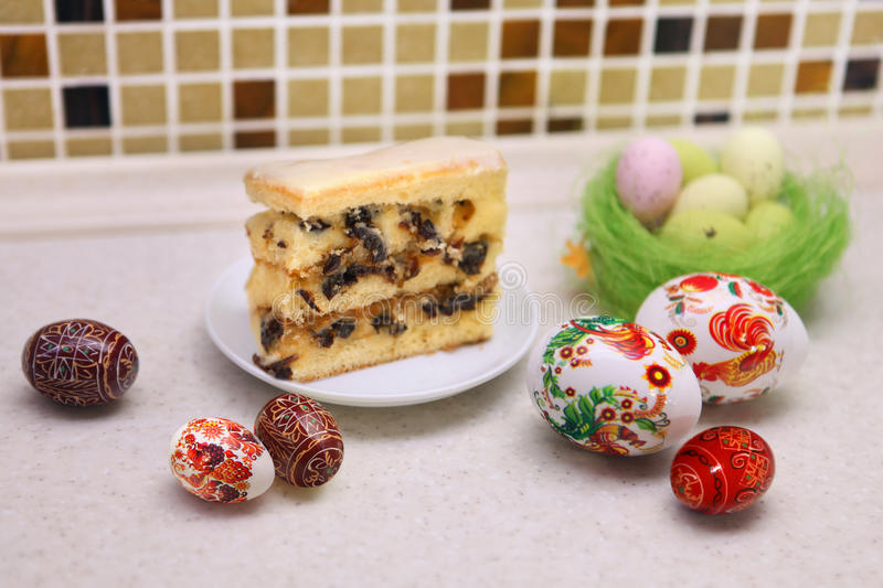 Download Easter Eggs and patty cake stock photo. Image of event - 37970568