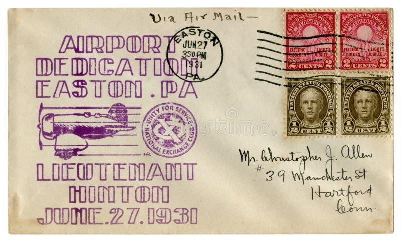 Easton Pennsylvania, USA - 27 Juni 1931: Historiskt kuvert f?r USA: r?kning med kapselflygplatsdedikation, l?jtnant Hinton, sp arkivbild