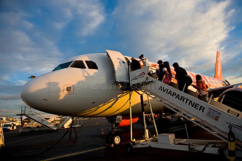 Download Easy Jet Plane Stuck On Land Editorial Photo - Image: 18354961