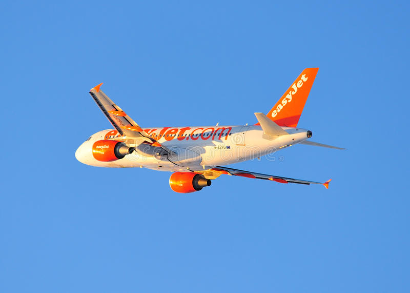 Easyjet Airbus A319 COMMERCIAL AIRLINER. Easyjet Airbus A319 taking off from Newcastle Airport stock photos
