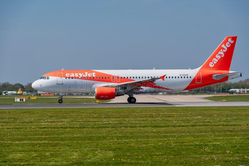 Easyjet Airbus A320 listo para la salida imagen de archivo libre de regalías