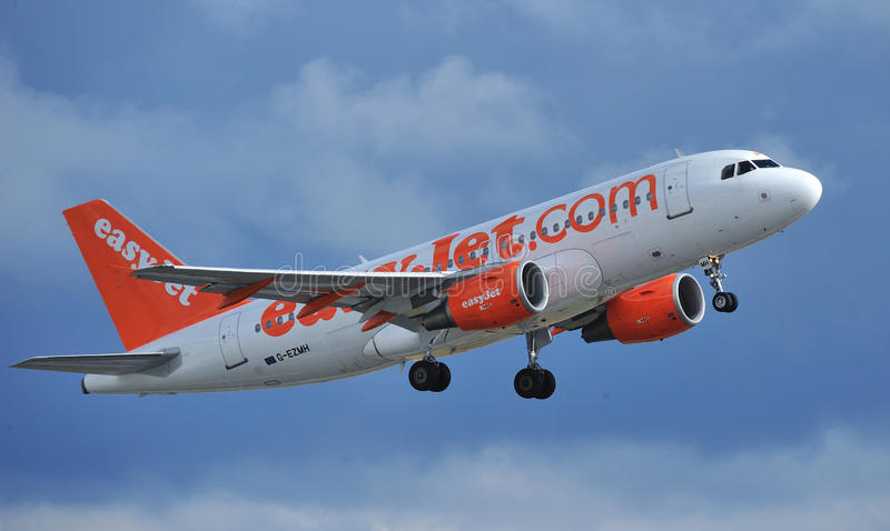 Easyjet Airbus A319 Editorial Photo
