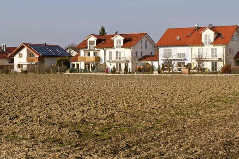 Eben aufgebaut, Bereich im südlichen Bayern unterbringend lizenzfreie stockfotos