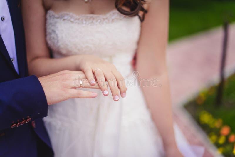 Eben geheiratet lizenzfreies stockbild