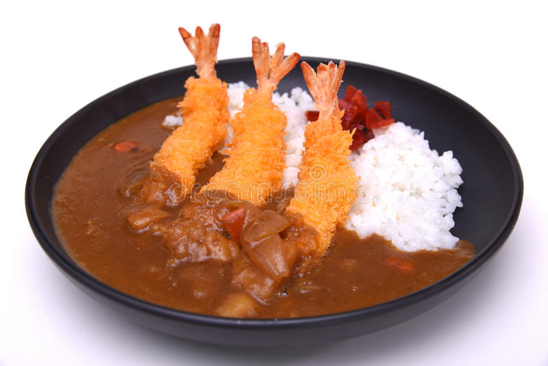 Ebi Fried Curry Rice, djupa Fried Prawn med japansk currystyl arkivfoto
