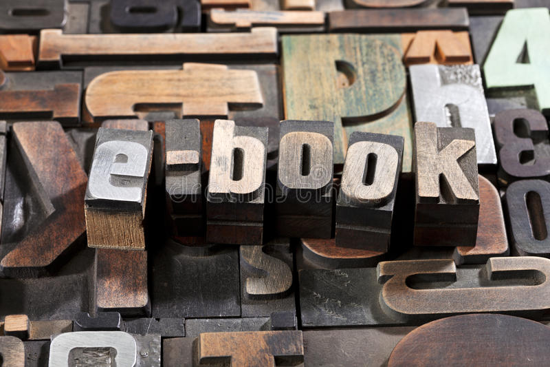 EBook écrit avec des blocs d'impression d'impression typographique image libre de droits