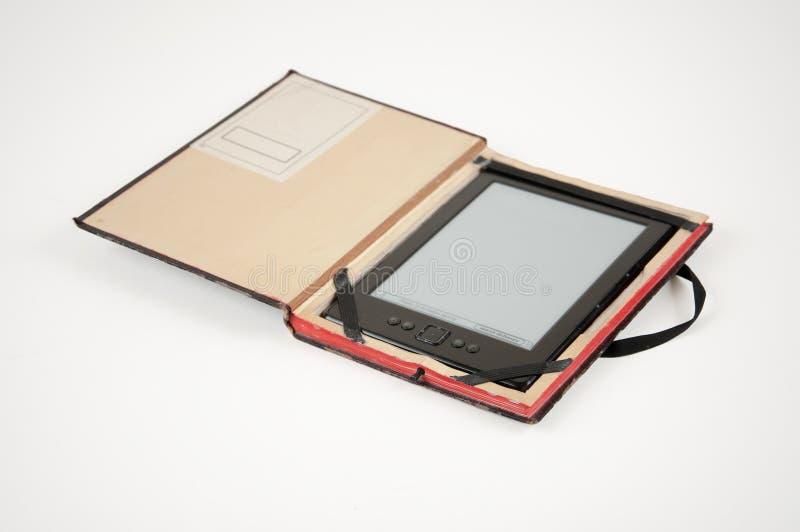 EBook czytelnik w skrzynce zdjęcia stock