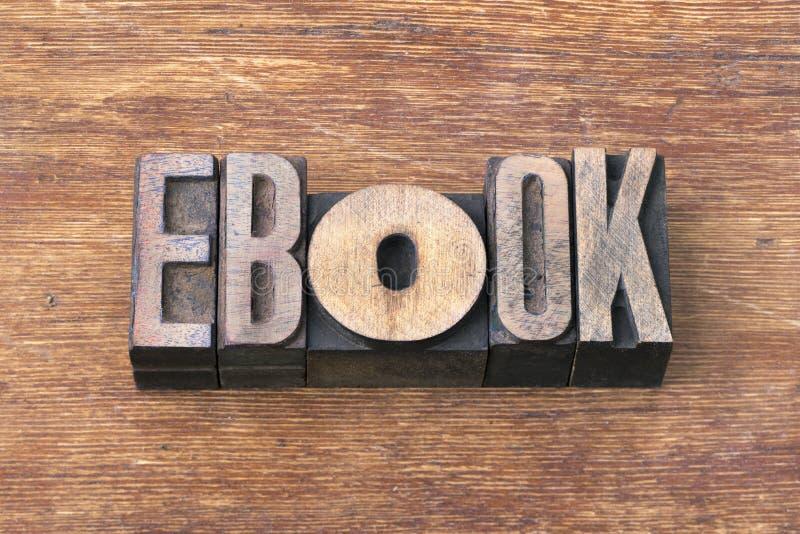 Ebook-Wortholz lizenzfreies stockfoto