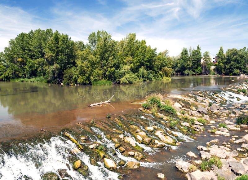 ebron河瀑布 免版税图库摄影