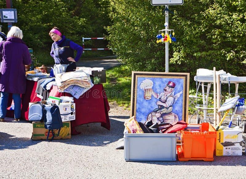 Eching, Γερμανία - εμπορεύματα στην επίδειξη παζαριών άνοιξη στοκ εικόνα με δικαίωμα ελεύθερης χρήσης