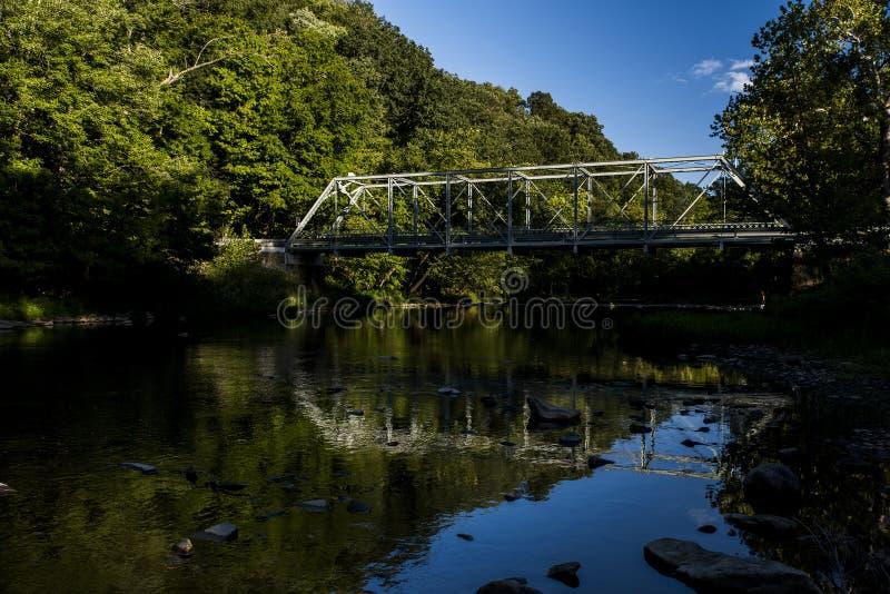 Echo Dell Road Truss Bridge - l'Ohio historiques et reconstitués photo libre de droits
