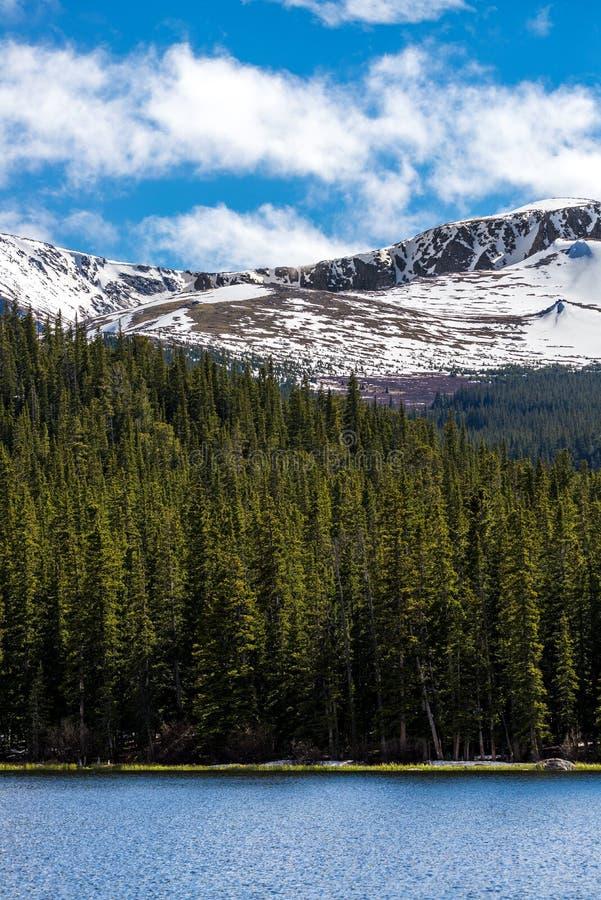 Echosee Berglandschaft mt Evans Colorado stockbilder